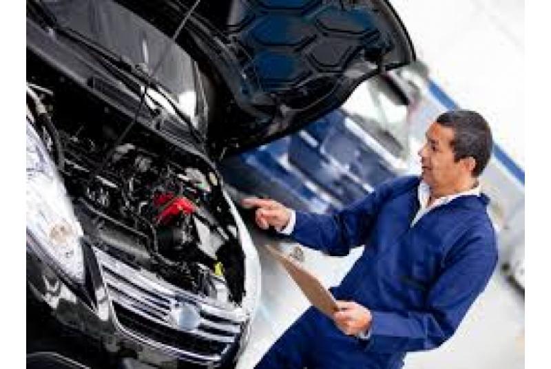 Auto mechanikas (ė)