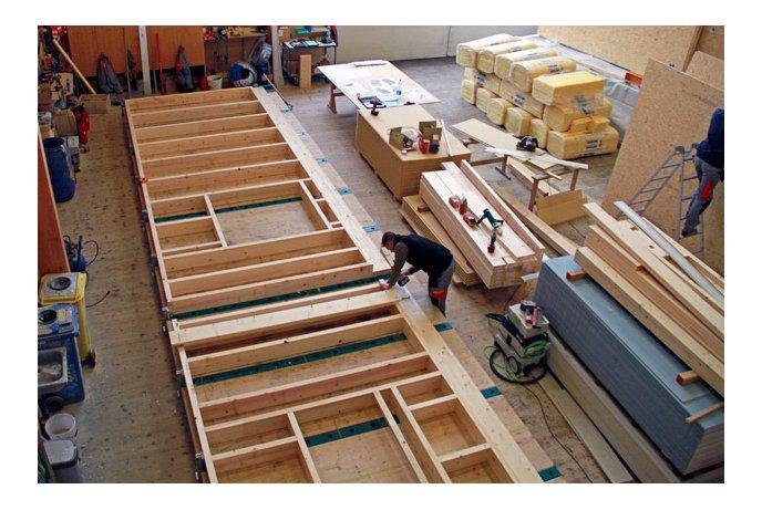 Staliai medinių rėmų gamyboje ir montavime Olandijoje